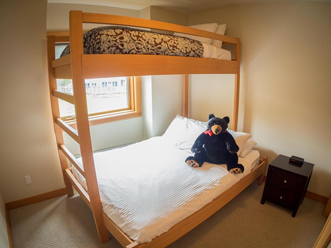 Kookaburra Lodge 3 Bedroom Unit #302 BR