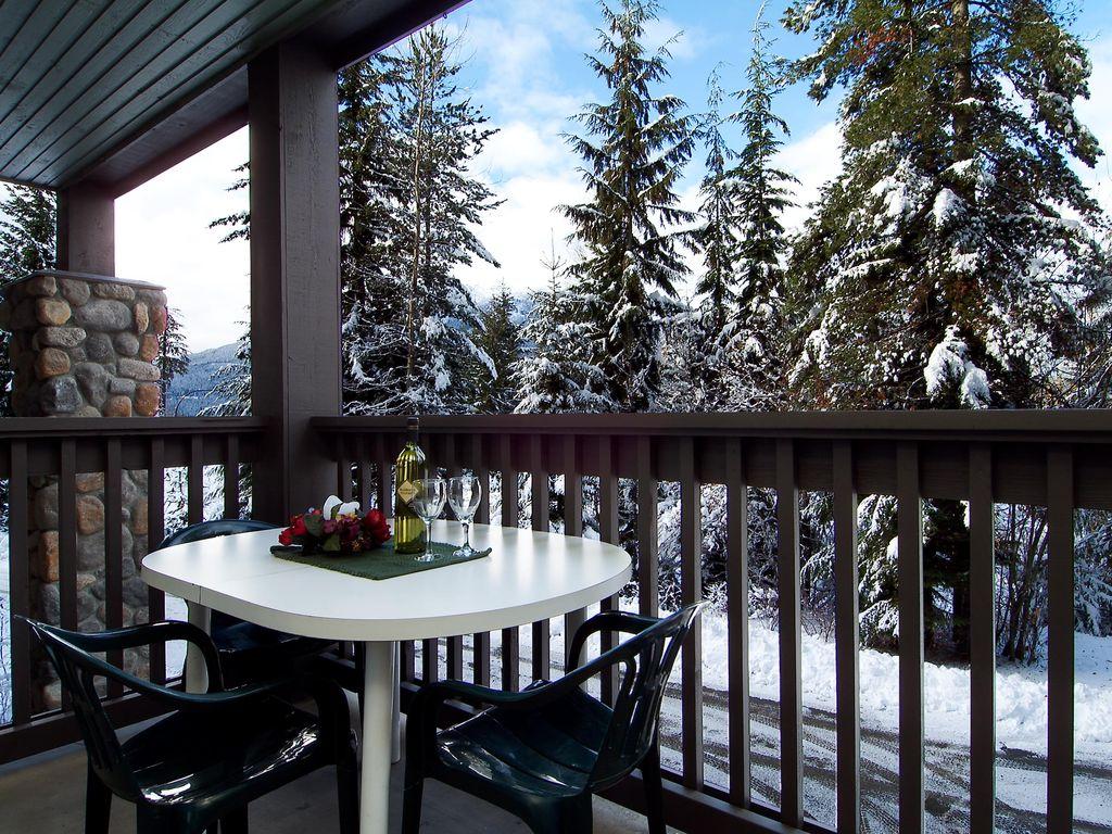 Snowy Creek Whistler - Village Accommodation (18)