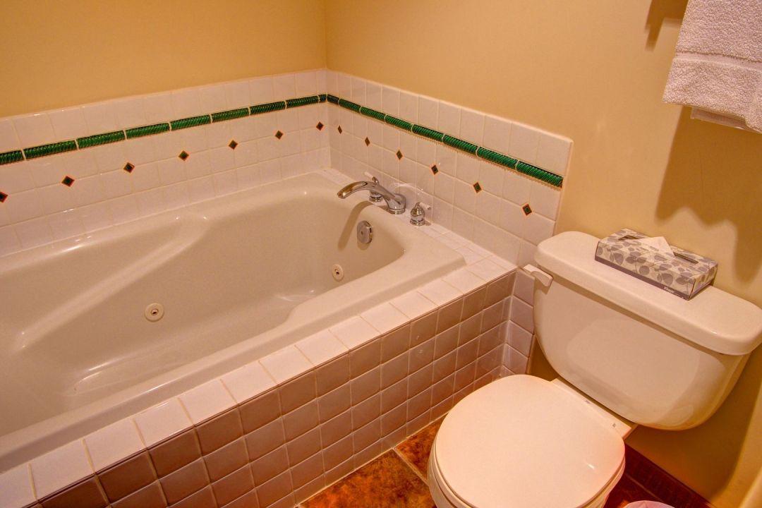 Taluswood Phase 1 3 Bedroom Unit 23 BATH3