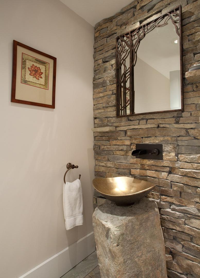 Whistler Accommodation Pinnacle Ridge 21 Powder Room