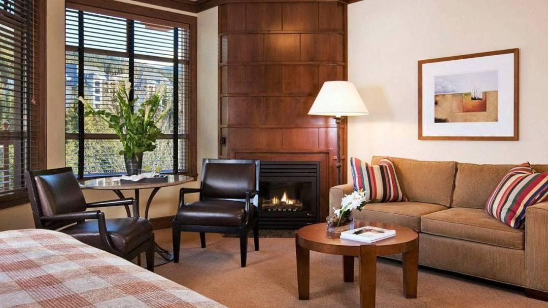 Whistler Four Seasons Resort Premier Deluxe King