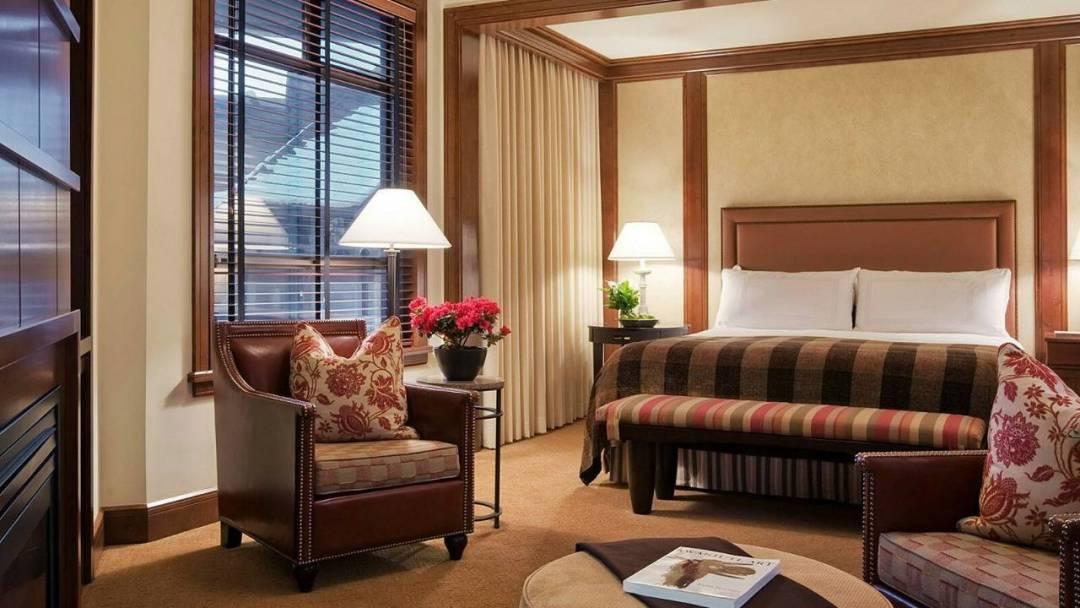Whistler Four Seasons Resort Superior Room