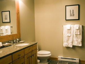 Whistler Luxury Hotel First Tracks Lodge 4 Bedroom