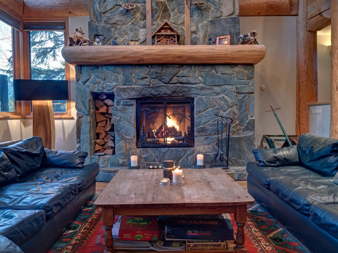 Whistler Luxury Ski In Ski Out 5 Bedroom Chalet Home (51)