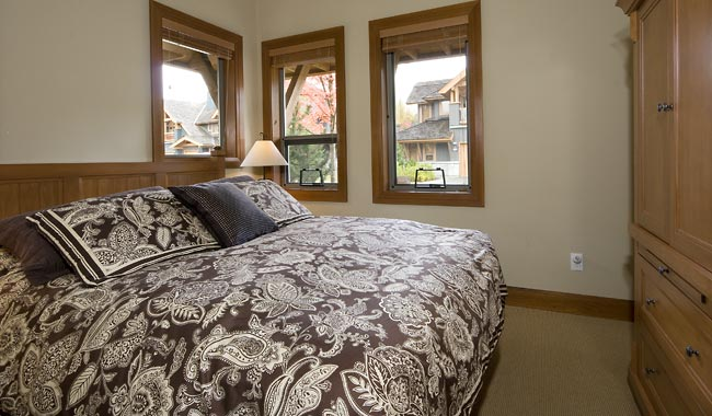 Whistler Montebello Village Townhomes (7)