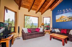 Whistler Mountain Rental House 6 Bedroom (20)