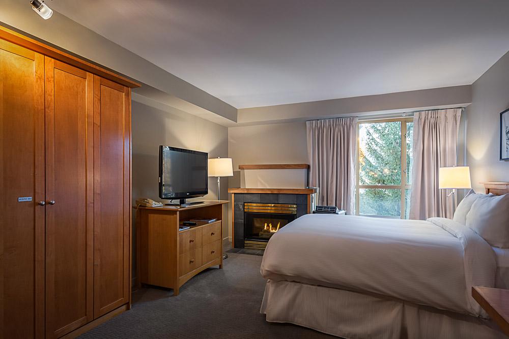 Whistler Peak Lodge Whistler Village Hotel (1)