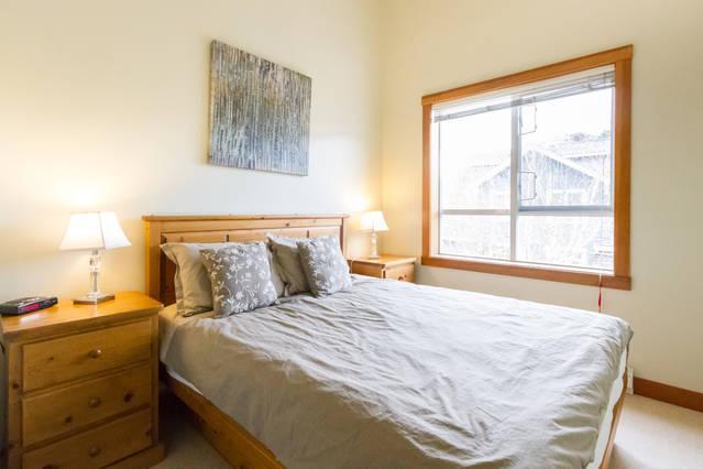Whistler Village Accommodation - Granite Court MB