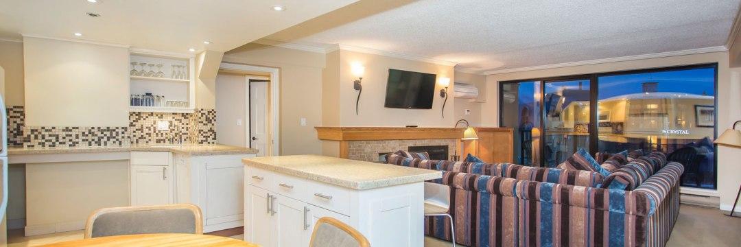 Whistler Village Apartment - Carleton Lodge Ski In Ski Out (2)