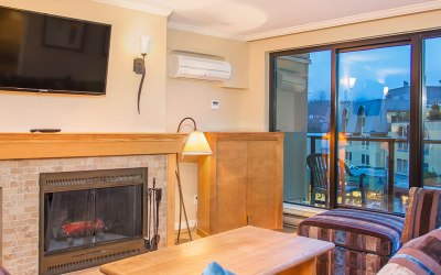 Apartment Whistler Village – 307 Carleton Lodge Ski In Ski Out