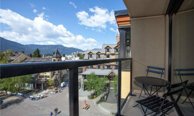 Whistler Village Luxury Condo Carleton Lodge (2)