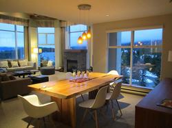 3 Bedroom Woodrun Lodge Whistler
