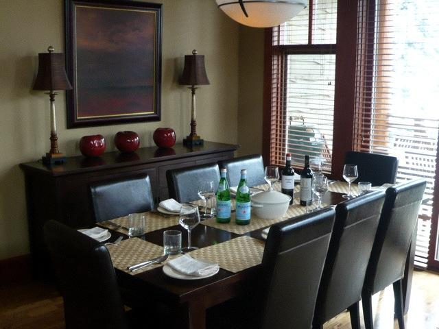 taluswood_heights_dining_
