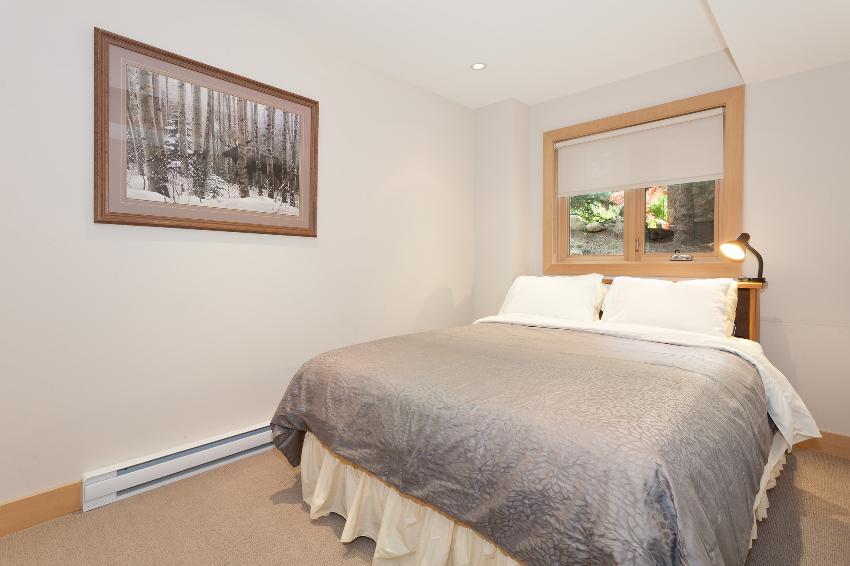 whistler 4 bedroom ski in ski out bedrm