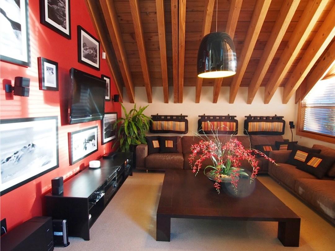 whistler village penthouse lroom
