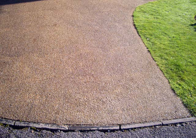 Resin Bonded Gravel Drives - Are They a DIY Job? - Skill Builder