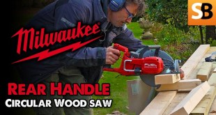 Milwaukee Rear Handle Circular Saw for Wood