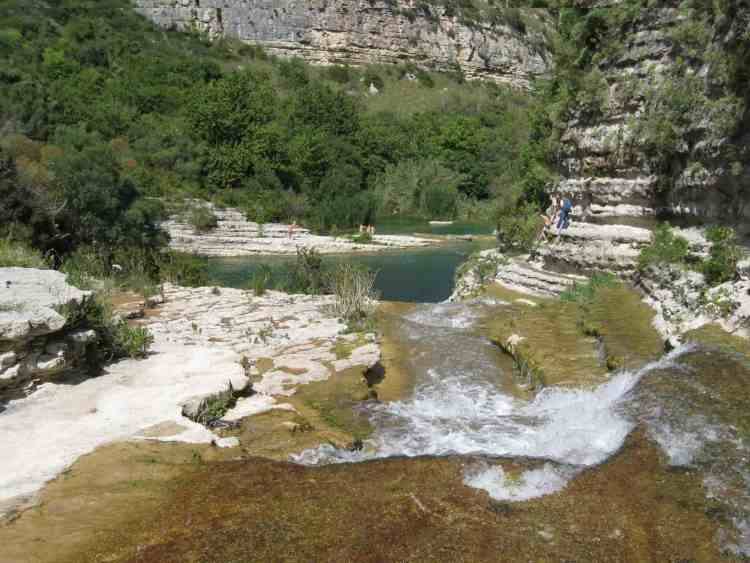 Cavagrande del Cassibile, small lakes, Sicily