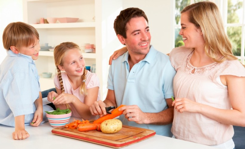 As we prepare for a New Year, now is the time to think about what we want to change in our lives. One area we can focus on is creating more healthy habits in our home. This is important for ourselves, and our families.