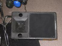 Drumschool geluidsapparatuur speakers