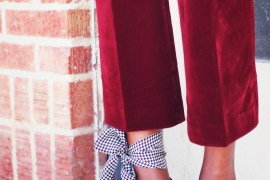 A gingham scarf tied around the ankle!! Never would have thought to accessorize like this, but look how good it looks. Especially on this long legged lady.