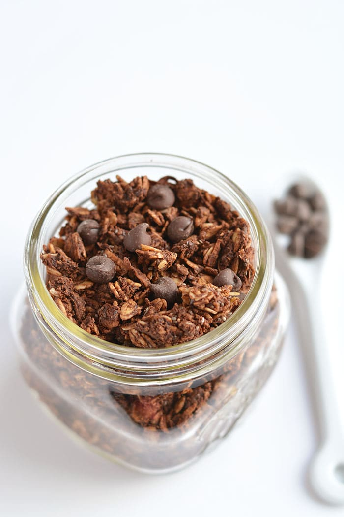 Wholesome Skinny Chocolate Granola with chia seeds! A crunchy breakfast or snack to satisfy you when a chocolate craving hits! Gluten Free + Low Calorie + Vegan