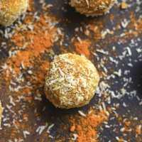 Turmeric Protein Bites {GF, Low Calorie, Paleo, Vegan}