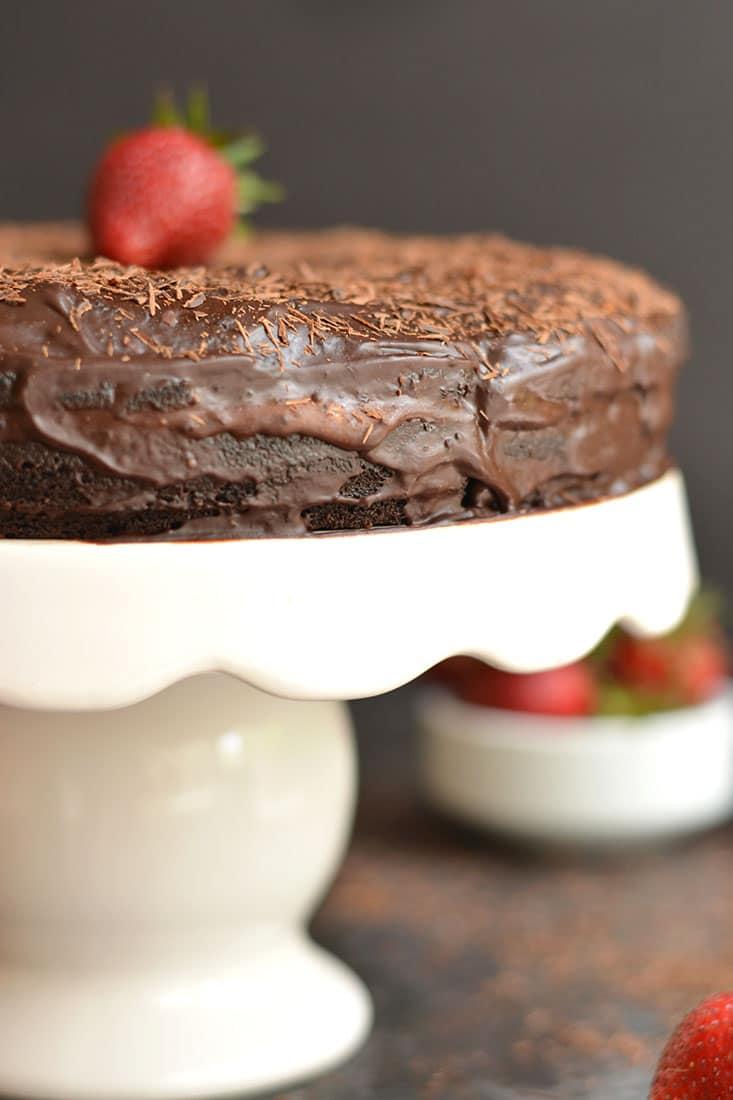 Paleo Healthy Chocolate Cake - Skinny Fitalicious