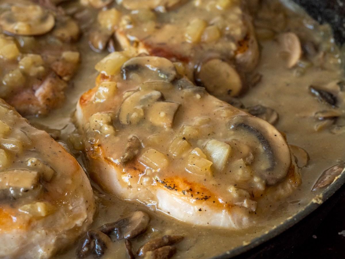 Mushroom Gravy Pork Chops