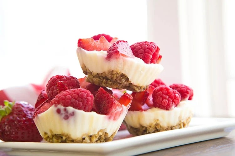 Light and Refreshing FroYo Berry Bites