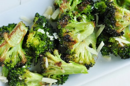 3-Ingredient Crispy Garlic Broccoli