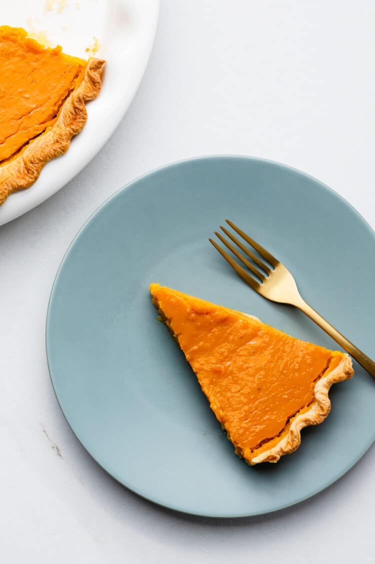 This healthy and delicious pumpkin pie is dairy-free, but tastes just as good as classic recipes.