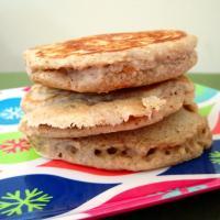 Cinnamon Spice Oatmeal Buttermilk Pancakes