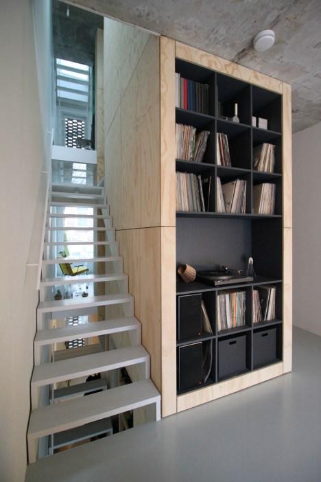 skinnyscar-21-v1-living-room-vista
