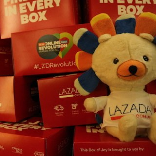 Online Revolution Sale with Lazada Philippines from 11.11 to 12.12 | Skip The Flip