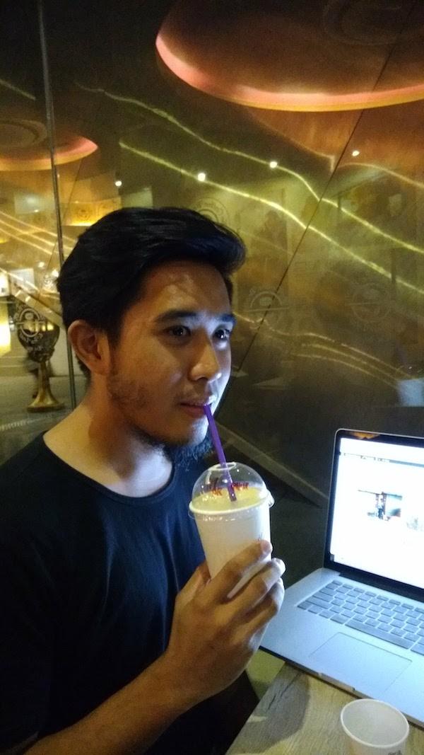 Asus ZenFone 4 Selfie   Skip The Flip
