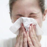 9 φυσικά μέσα που θα σας ανακουφίσουν από τις αλλεργίες