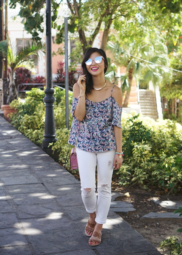 Spring Trend / Floral Cold Shoulder Top