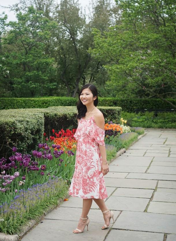 Skirt The Rules / Floral Print Cold Shoulder Dress