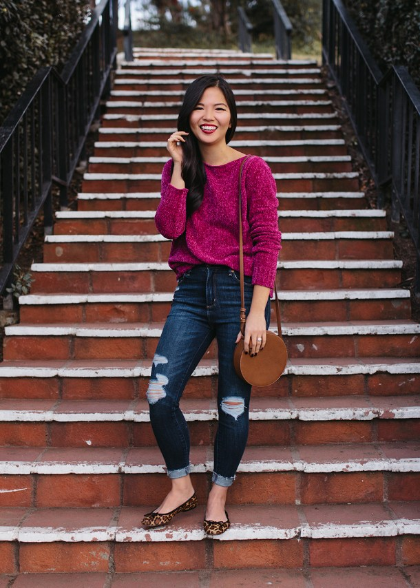 Casual Outfit Idea / Pink Chenille Sweater & Ripped Jeans