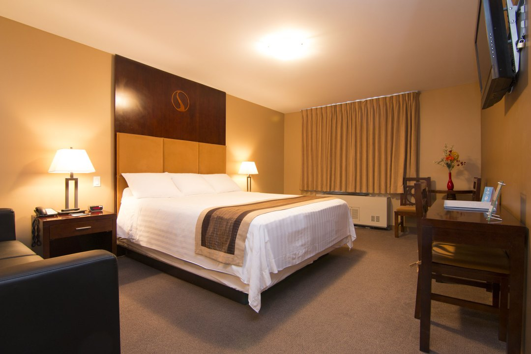 Fantasy King Hotel Room in Whitehorse, Yukon
