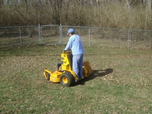 lawn-cleanup-Overland-Park-lawn-cleanup-Kansas -City-Leawood