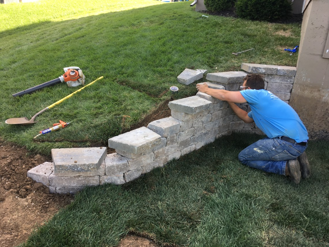 hardscaping-contractor-Kansas-City-Overland-Park-retaining-walls