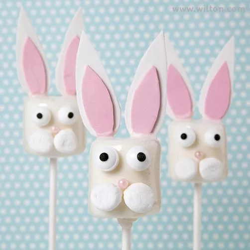 Candy-Dipped-Bunny-Marshmallow-Pops