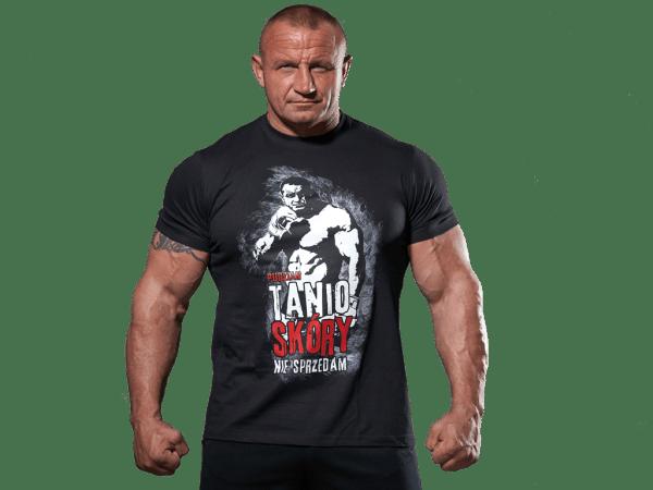 Czarna koszulka Tanio skóry nie sprzedam - przód