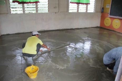 Membaiki Lantai Kelas Tahun 6