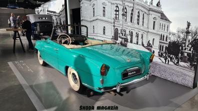 elektromobil-skoda_enyaq_iv-svetova-premiera-veterany-oslava-125-let- (29)