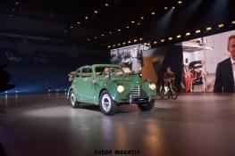 elektromobil-skoda_enyaq_iv-svetova-premiera-veterany-oslava-125-let- (4)