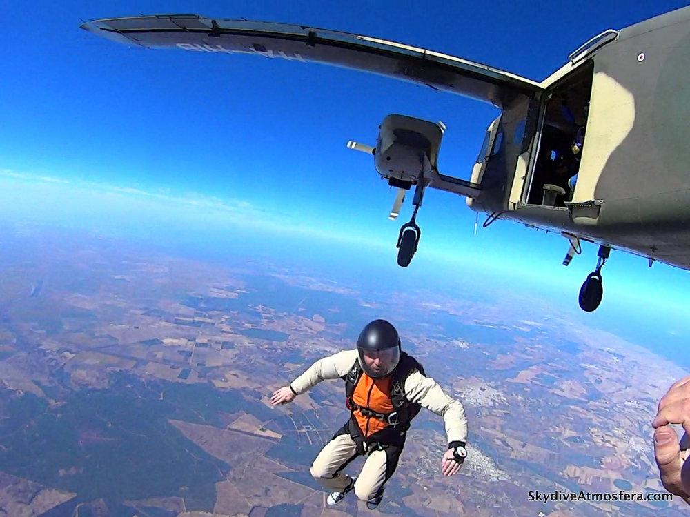 #skokiwhiszpanii, #skydiveatmosfera, #skydivespain, #kursaff, #affcourse, #skydive, #skydivingphotos, #affskydiving, #polskabazaspadochronowa, #massivefun, #funjump, #iwangregor,