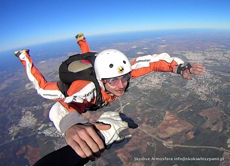 aff skydive course.56-001